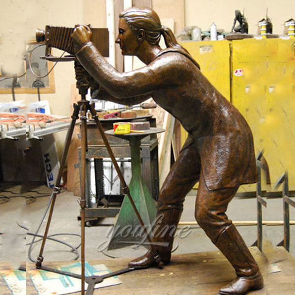 Outdoor bronze figurines statue for garden decor