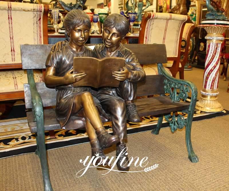 Custom Bronze Boy and Girl Reading Books Garden Statue for Sale BOKK-724 Details