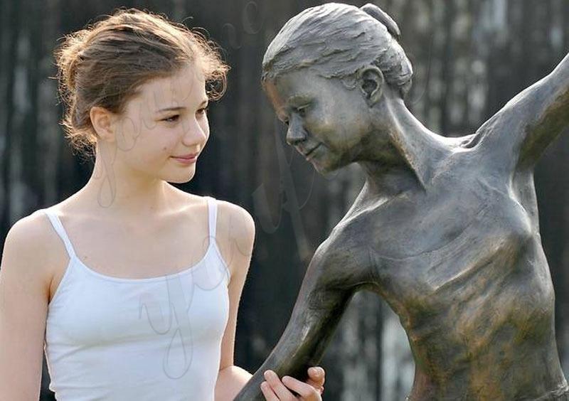 Bronze Customized Statue (2)